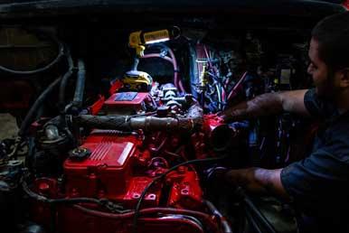 Factory Trained Truck Repair Technicians